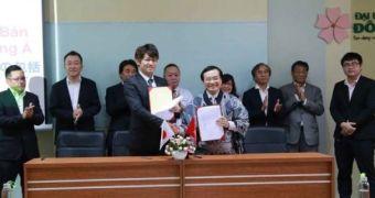 Đoàn doanh nghiệp TP Maebashi ký kết tiếp nhận sinh viên Việt Nam thực tập nghề nghiệp hưởng lương và làm việc tại Nhật Bản